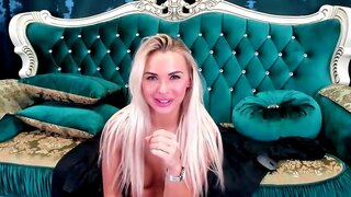 AlexaLUVE – Super Hot Blonde With Her Toy